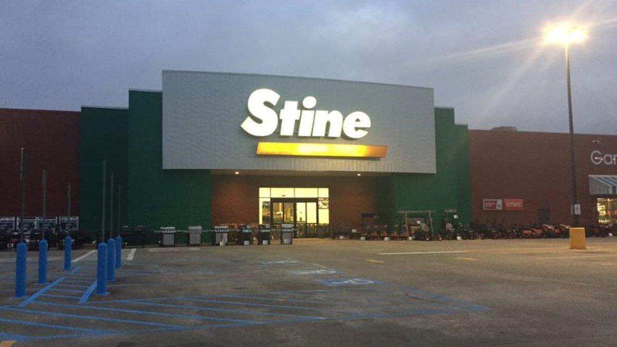 Stine parking lot (Source: Kayla Courvell/KPLC)