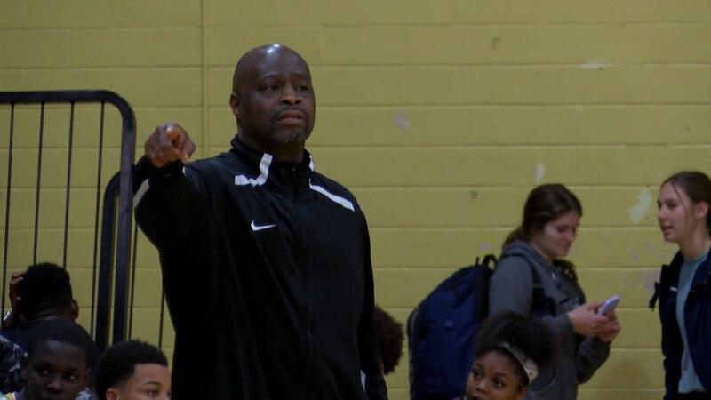 Washington-Marion boys basketball head coach Robert Palmer