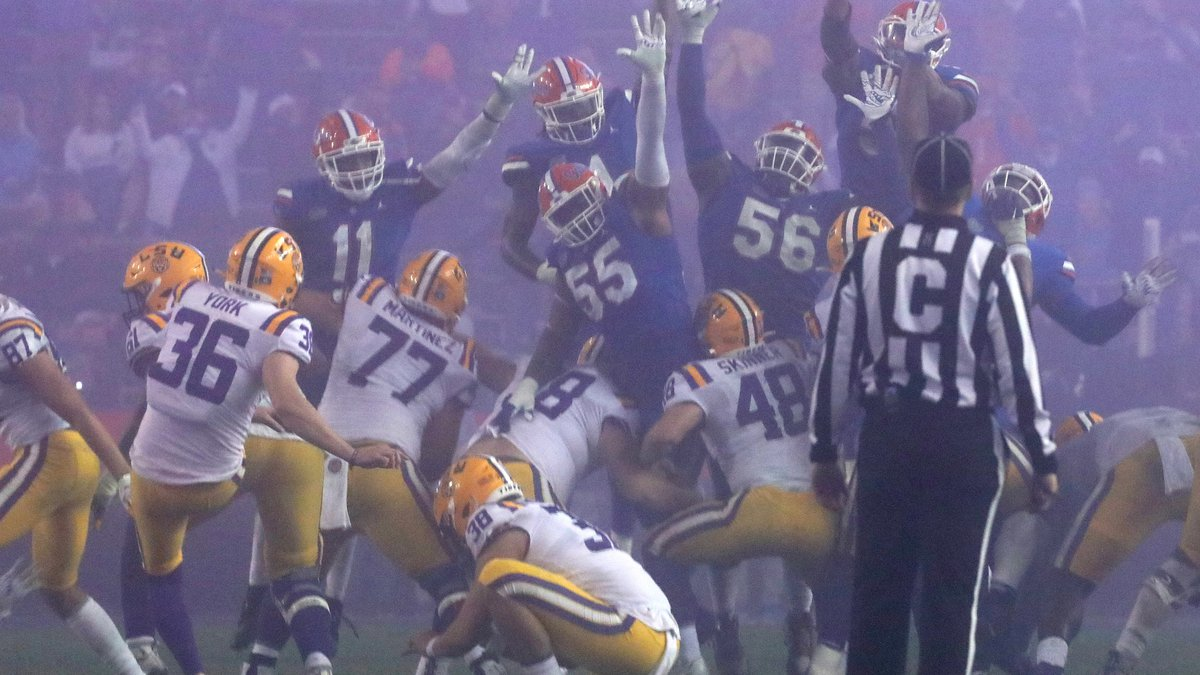 LSU kicker Cade York (36) kicks a long field goal to give the Tigers the lead during a game...