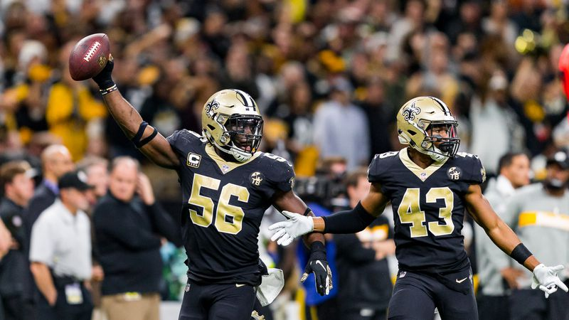 Demario Davis recovers a Steelers fumble to seal a Saints victory. (Source: Mark LaGrange)