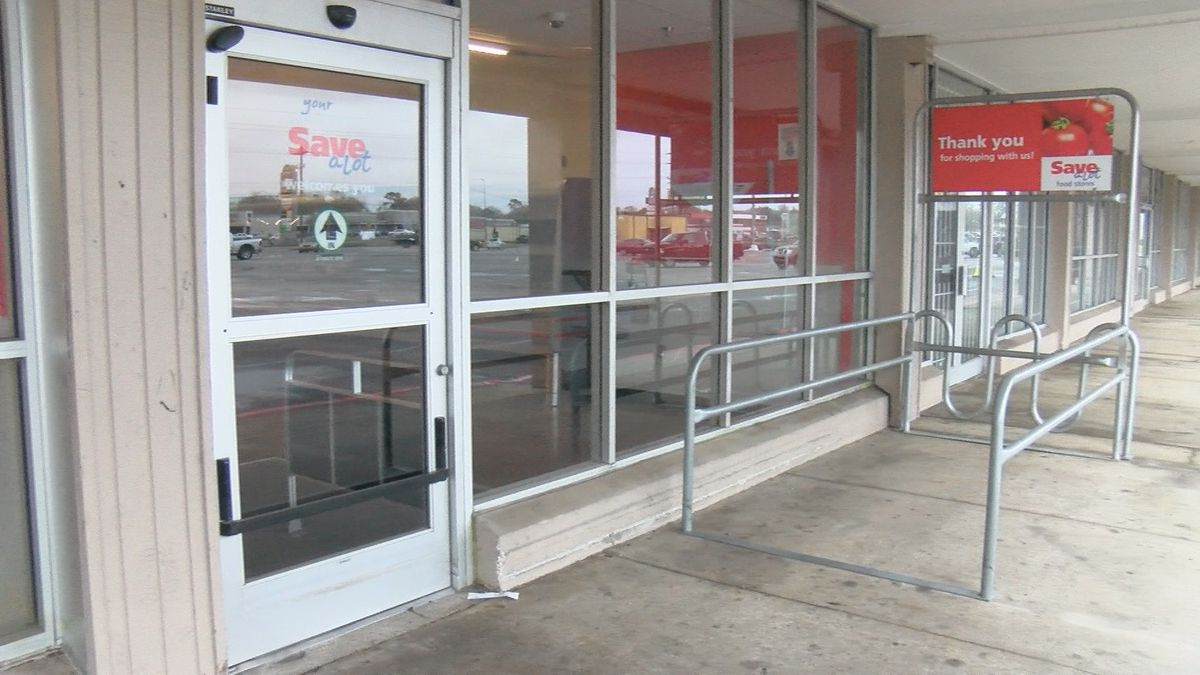 With the closing of Save-a-Lot, Lake Charles has lost another grocery store.
