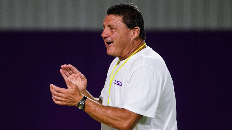 LSU was in full pads for indoor and outdoor practice on Tuesday, September 1.