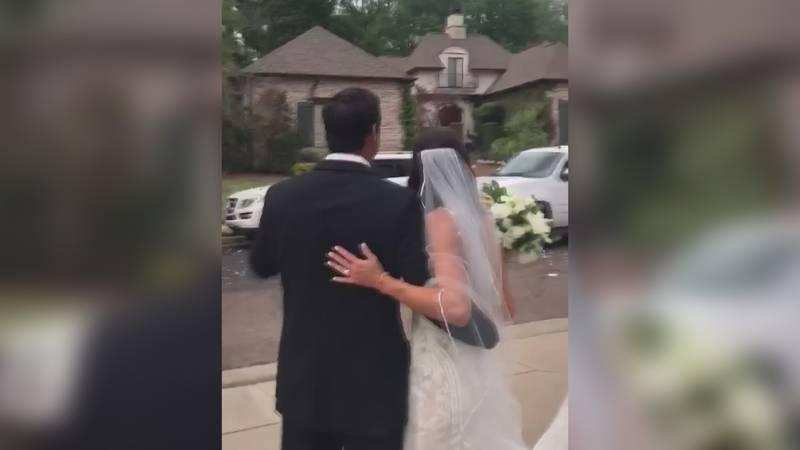 Couple adjusts wedding during coronavirus pandemic