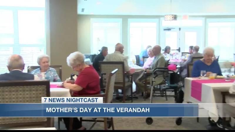 Verandah Retirement Community residents celebrate Mother's Day
