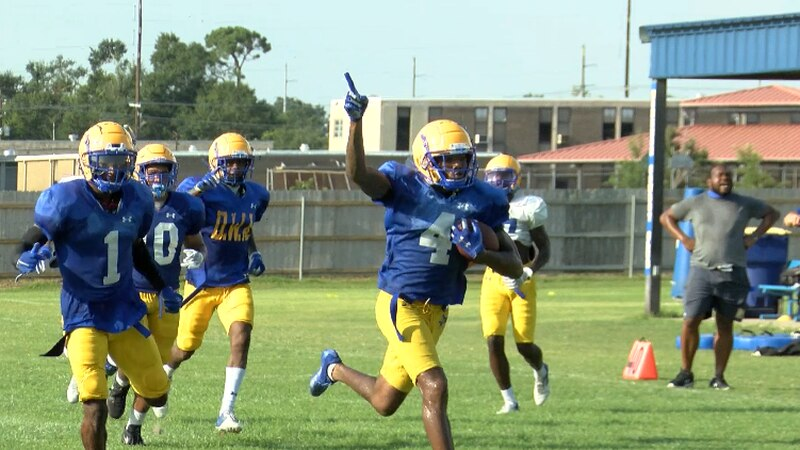 CB Corione Harris returns an interception for a TD in practice