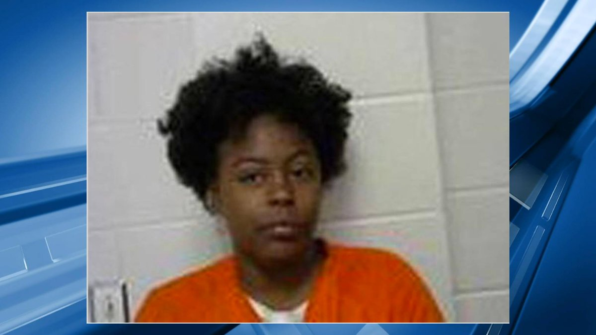 Mandy Rochelle, 31, was arrested for house fire.