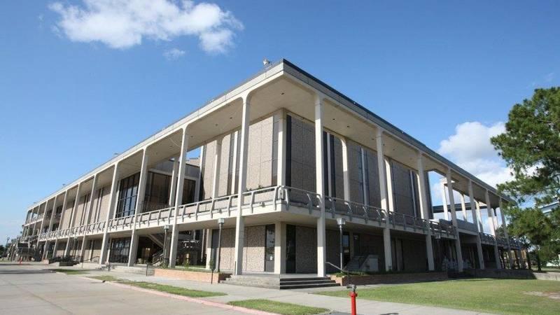 Image courtesy of: lake charles civic center