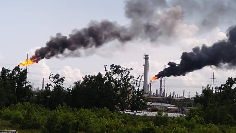 A power outage has led to heavy flaring at LyondellBasell in Sulphur, local officials say.