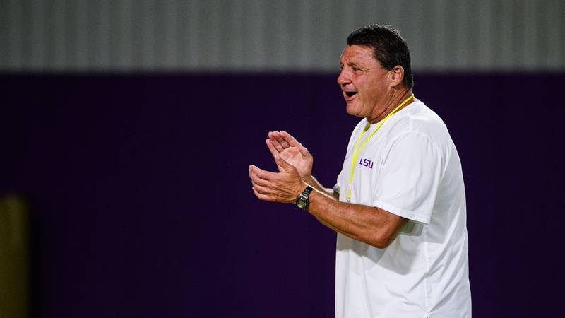 LSU has 13 commits in their 2022 recruiting class.