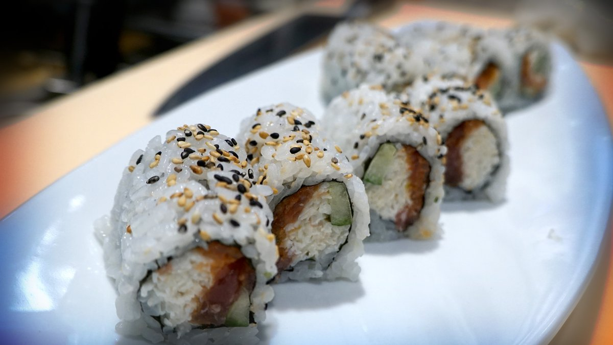The Blue Sushi Sake Grill is giving visitors to Crocker Park in Westlake another dining option....