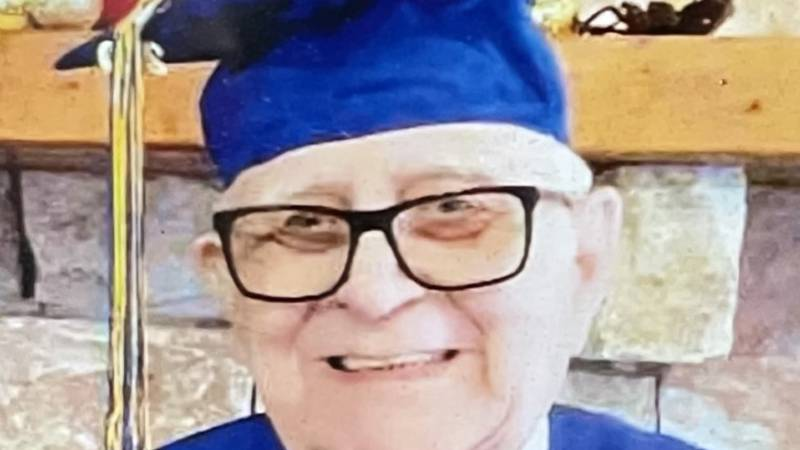 80-year-old gets college diploma after 61 years