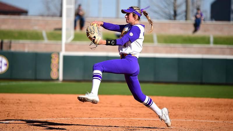 LSU pitcher Shelby Wickersham (11)