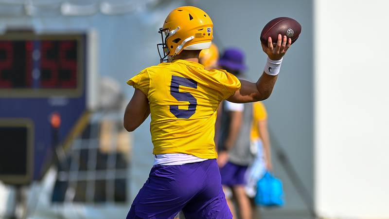 LSU quarterback Garrett Nussmeier is producing big-time numbers in scrimmages.