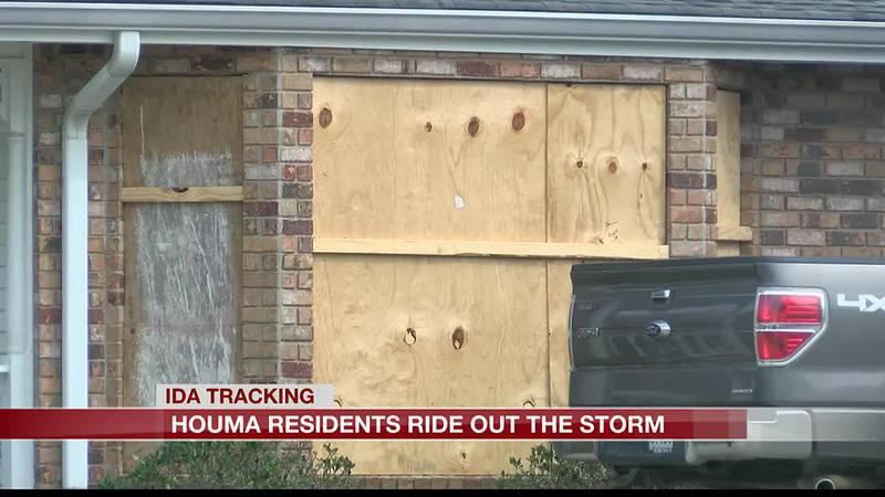 Houma resident rides out Ida